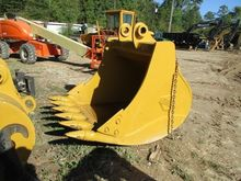 HENSLEY Attachment Bucket