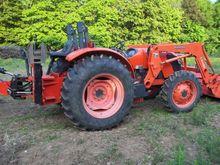 2010 KUBOTA 7040 Tractors
