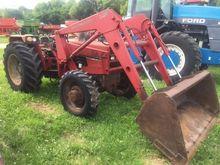 1990 CASE IH 585 Tractors