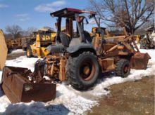 CASE 570M XT Skip loaders