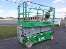 2006 GENIE GS2646 Scissor lifts