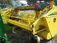 John Deere 640B Windrow turner