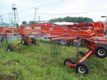 2013 Kuhn GA7922 Hay rakes