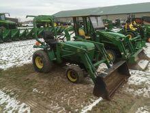 1992 John Deere 755 Tractors