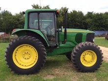2003 JOHN DEERE 7420 Tractors