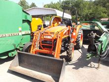 Kioti Dk35 Se Tractors