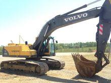 2005 VOLVO EC240B LC Excavators
