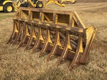 2000 ROCKLAND Attachment Rakes