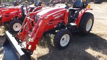 2016 BRANSON 3015H Tractors