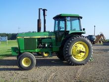 1980 JOHN DEERE 4640 Tractors