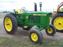 1967 JOHN DEERE 3020D Tractors