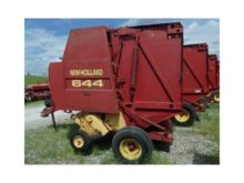 1996 NEW HOLLAND 644 Balers