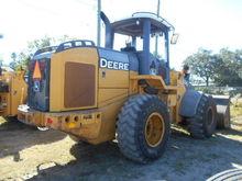 Used 2006 DEERE 624J