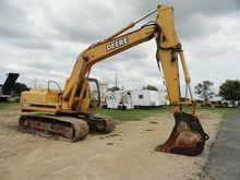 1998 DEERE 160 LC Excavators