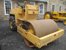 2001 BOMAG BW-142D Smooth drum