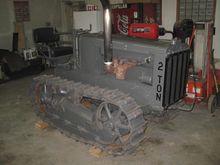 1927 CATERPILLAR 2 TON Tractors