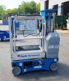 2003 Genie GR-12 Work platforms