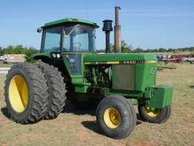 1982 John Deere 4440 Tractors
