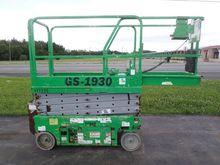 Used 2007 GENIE GS19
