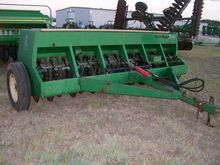 GREAT PLAINS EWD13 Seeders