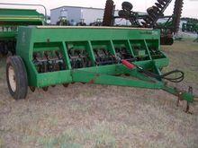 GREAT PLAINS EWD13 Seeders