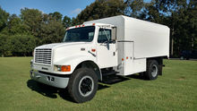 1997 INTERNATIONAL 4900 Chipper