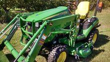 2013 John Deere 1025R Tractors