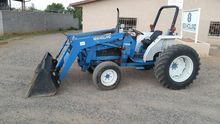 1999 NEW HOLLAND 2120 Tractors