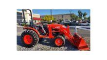 2015 KUBOTA B3350SUHSD Tractors