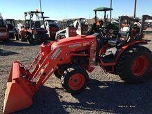 KUBOTA B3350SUHSD Tractors