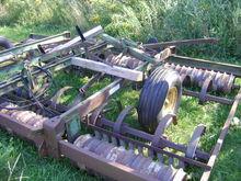 1985 John Deere 950 Harvesting