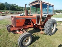 1977 ALLIS-CHALMERS 175 Tractor