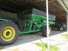 Unverferth 9250 Grain carts