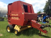 NEW HOLLAND 658 Balers