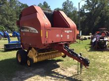 2004 NEW HOLLAND BR750A Balers