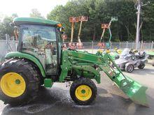 2014 JOHN DEERE 4066R Tractors