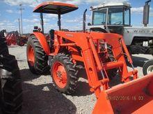 2014 KUBOTA M7040SUHD Tractors