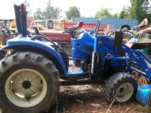 NEW HOLLAND TC40A Tractors