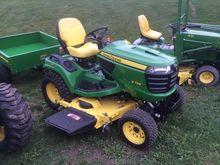 2013 John Deere X758 Tractors