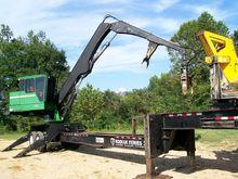 2011 JOHN DEERE 437D Log loader