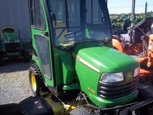 2011 John Deere X748 Tractors