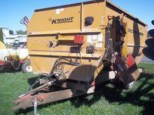 Knight 3042 Feed mixers