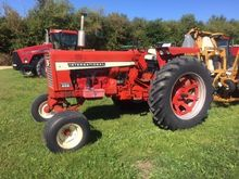 1968 INTERNATIONAL 656 Tractors