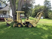 1976 NEW HOLLAND T-550 Trencher