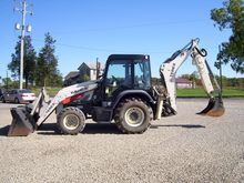 2013 TEREX TLB840D Backhoe load