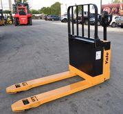 YALE MPB040 Electric pallet jac