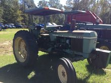 JOHN DEERE 2440A Tractors
