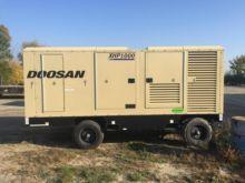 2015 DOOSAN XHP1000 Air compres