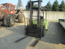 CLARK C500-100D Forklifts