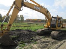 2001 JOHN DEERE 200LC Excavator